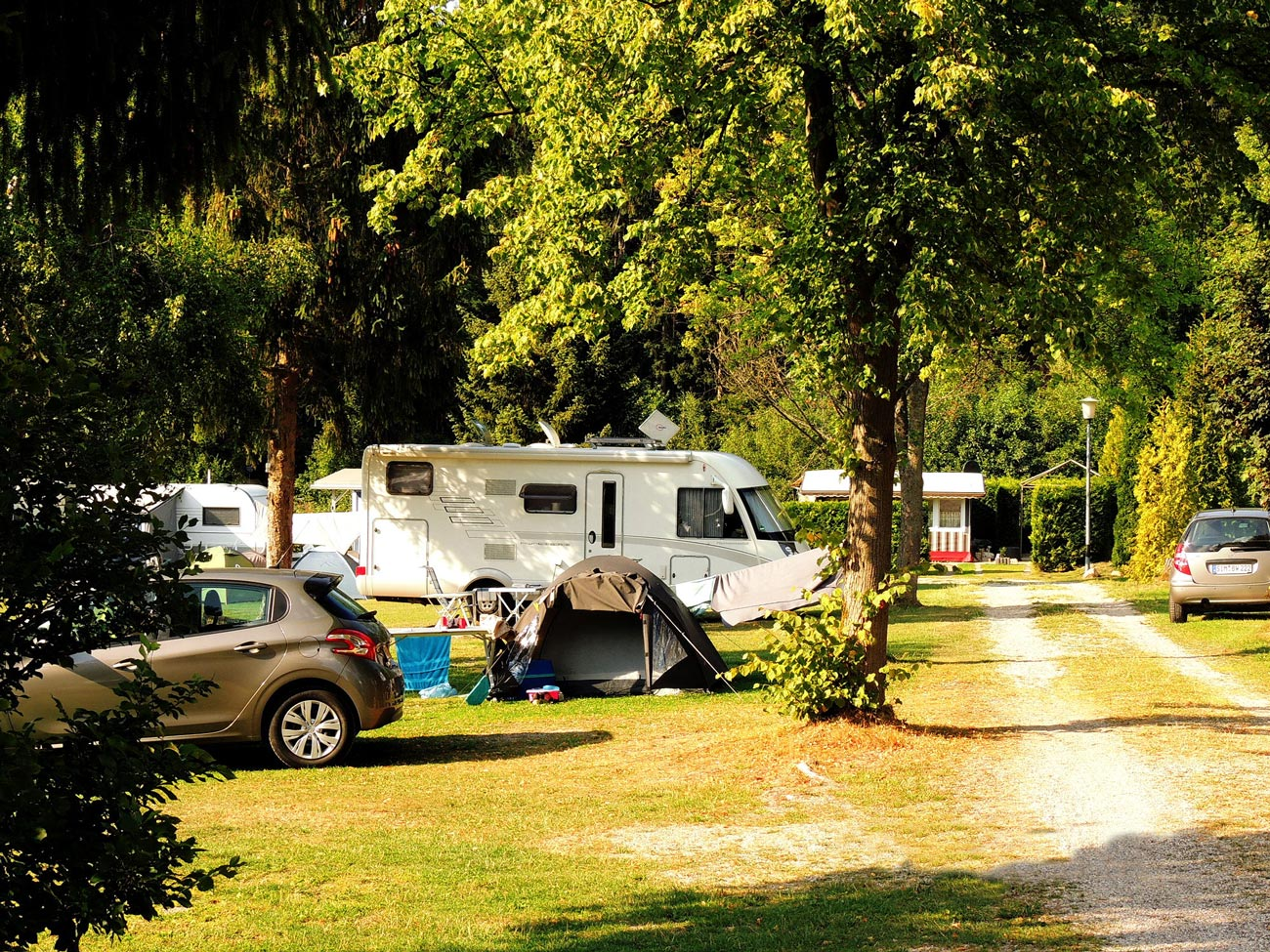 Zelten mit Kindern auf dem Campingplatz