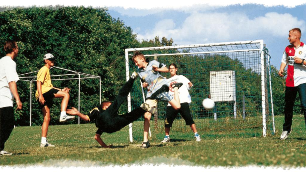 Sport Header 3